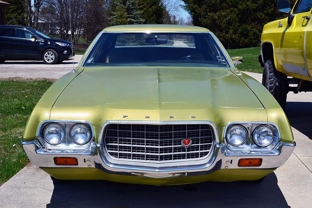 1972 Ford Grand Torino / 4 door / 40K original miles